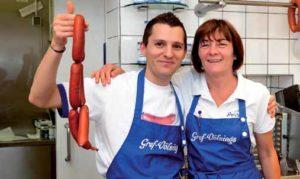 Hier geht's um die Wurst: Uschi Reit und Bahri Berkolli von Gref Völsings, der wohl beliebtesten Mittagspausen-Theke im Frankfurter Osten