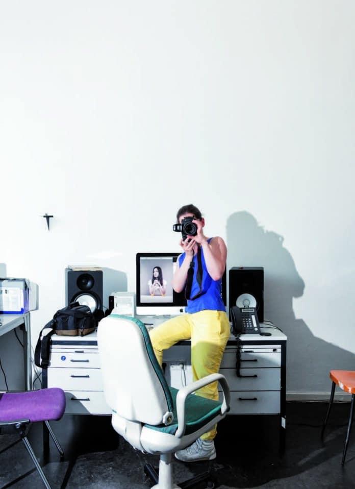 Nachwuchs-Filmkünstlerin Dana Munro in Action