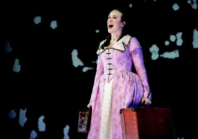 Die Oper Frankfurt inszeniert Strawinskys Wüstling