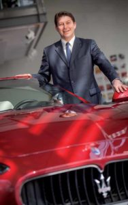 Giulio Pastore mit dem Gran Cabrio bei Maserati in Wiesbaden