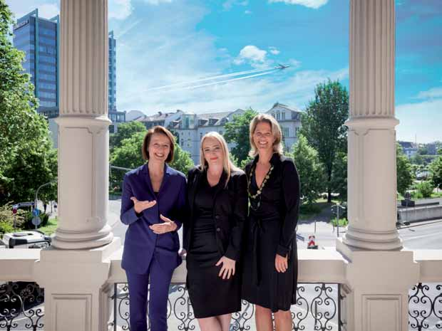 Kristina Gräfin Pilati, Andrea Volpp und Dr. Nicola Gräfin von Montgelas
