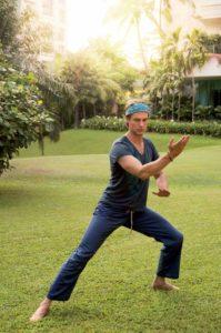 Ralf Bauer beherrscht die jahrhundertealte Kampf- und Bewegungskunst Taiji Chuan