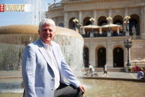 Thomas Stein ist der künstlerische Leiter des neuen Opernball in Frankfurt, der erstmals am 22. Februar 2014 Premiere in der Alten Oper feiert.