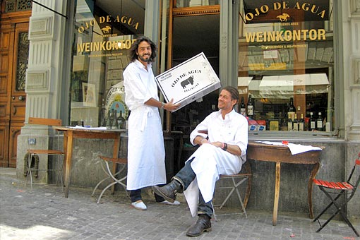 Im Ojo de Agua Frankfurt OJO DE AGUA stehen die eignen Bio-zertifizierten Weine und das eigene Premium Bio Beef von den Farmen Dieter Meier's in Argentinien im Mittelpunkt