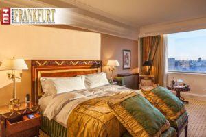 Die großzügigen Deluxe-Zimmer mit Blick auf den Kreml