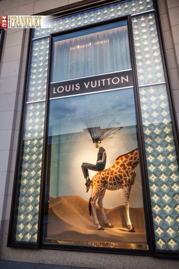 b5d9065701c4b Eindrucksvoll präsentiert sich Louis Vuitton an der ersten Adresse im One  Goetheplaza.