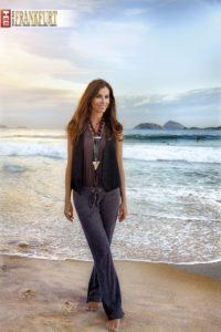 Christina Pitanguy am Strand von Ipanema