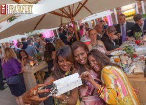 Ein Weltmeister-Selfie - Raquel Mercedes, Petra Cruz-Deyerling und Edith Hunzinger