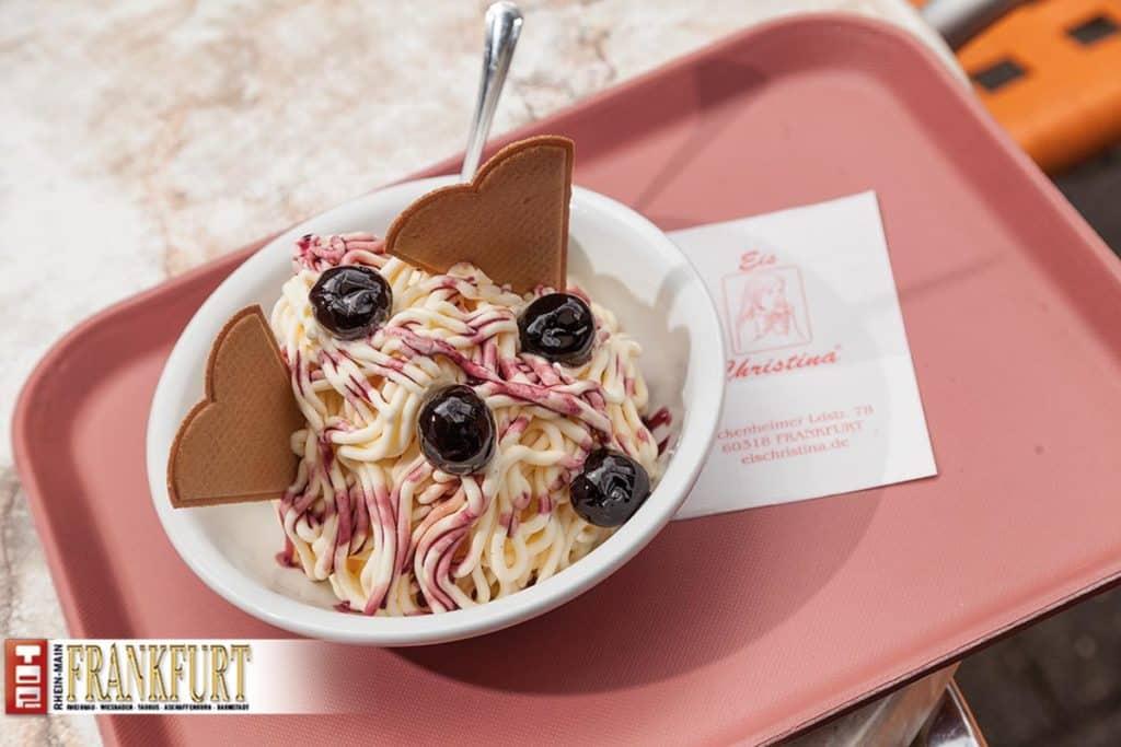 Der Klassiker bei Eis Christina - Spaghetti-Eis