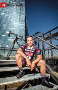 Profi-Radsportler John Degenkolb auf der Terrasse des Oosten