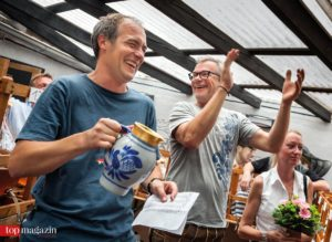 Die Initiatoren der Hessischen Apfelwein-Meisterschaft Johannes Döringer und Hendrick Docken