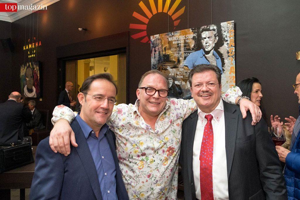 Galerist Eric Decastro, Künstler Devin Miles und Gastgeber Harald Bont