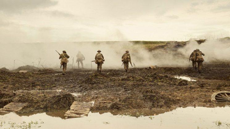 Mit Schauspielkollegen und Freunden inszeniert Dean O'Gorman real wirkende Kriegsfotografien.