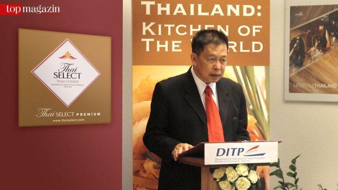 Winicha Chaemchaeng bei der Verleihung des Thai Select-Siegels