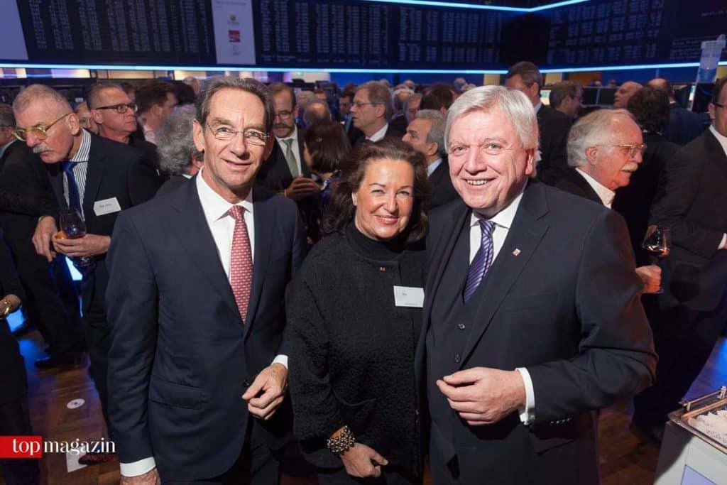 Präsident der IHK Frankfurt, Dr. Mathias Müller, mit Gabriele Eick und Ministerpräsident Volker Bouffier