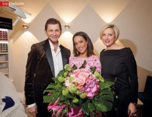Moderatorin Nandini Mitra mit Dr. Gerhard und Dr. Sonja Sattler