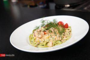 Tagliatelle mit Lachs und Zucchini in Sahnesauce à la Mariella