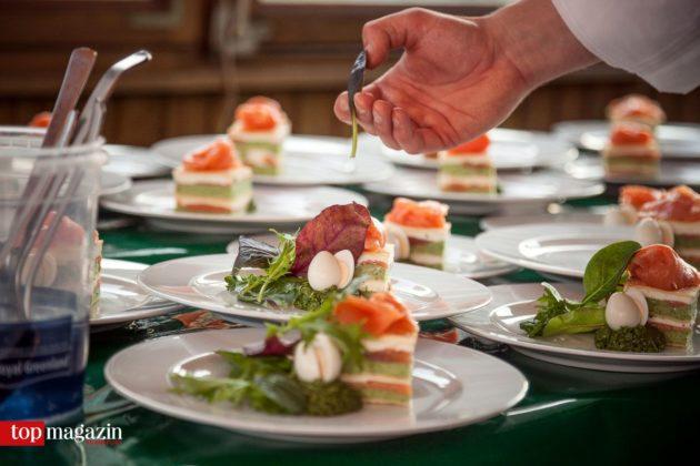 Parfait von grüner Sauce mit Vogelsberger Lachsforelle - kreiert von Fernsehkoch Reiner Neidhart.