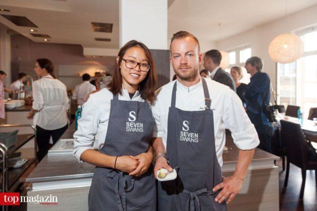 Küchenchef Jan Hoffmann und Nomie Lukate vom Sternerestaurant Seven Swans