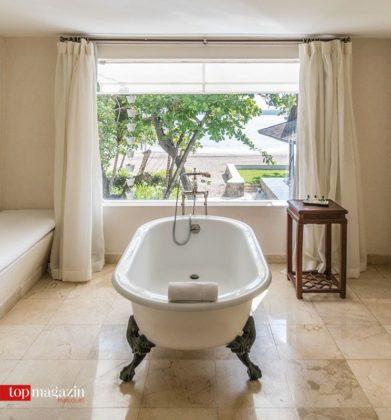 Koloniales Ambiente auch im Badezimmer des Casa Colonial mit Blick aufs Meer