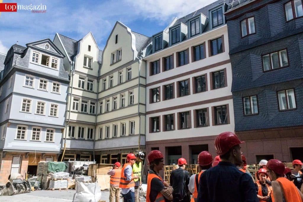 15 Rekonstruktionen und 20 Neubauten reihen sich in der Altstadt aneinander.