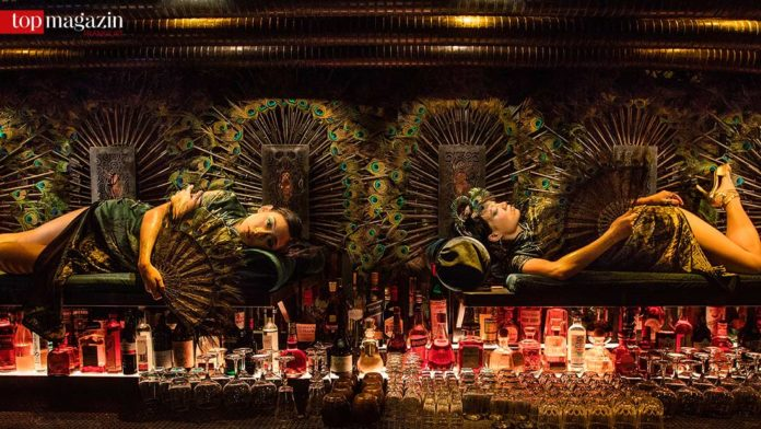 Die Bar 'Ophelia' in Shanghai