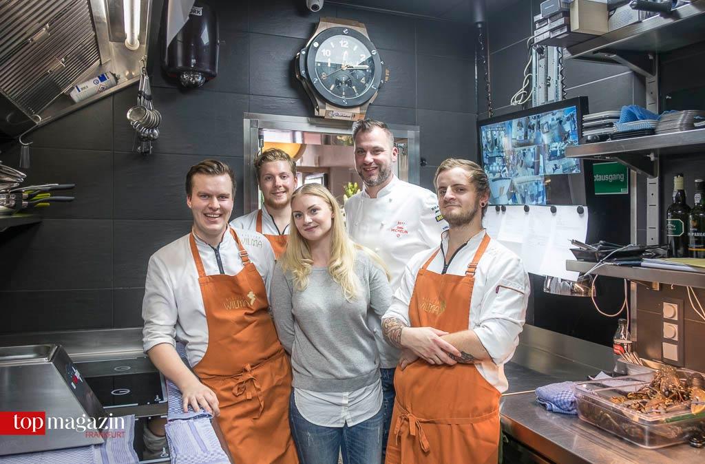 Starkes Team - Henry Breuer und Calvin Paul mit Restaurantleiterin Daria Schulz, Küchenchef Michael Riemenschneider und Maxi Philipp