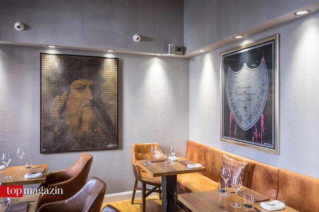 Kunst trifft Kulinarik - Derzeit zieren Siebdrucke des Frankfurter Künstlers Max Wiedemann die Wände des Atelier Wilma