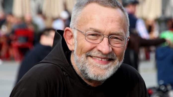 Bruder Paulus Terwitte ist Kapuzinermönch und katholischer Medienexperte