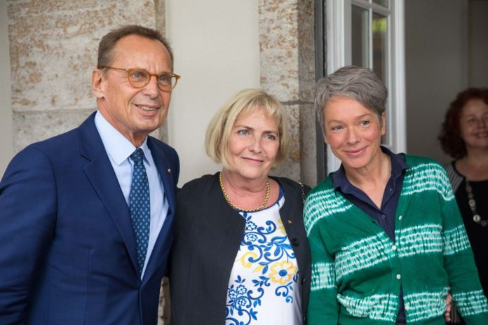 Dr. Nikolaus Hensel, Claudia Dillmann, Kulturdezernentin Ina Hartwig