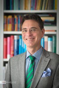 Dr. Armin H. Kutscher
