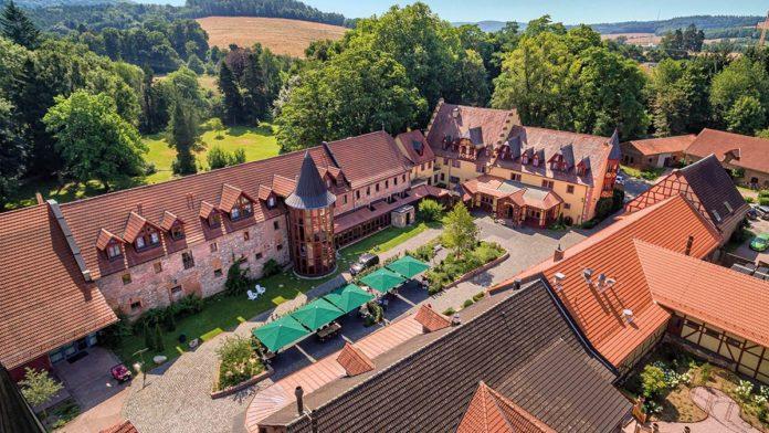 Das Schlosshotel Weyberhöfe am Fuße des Spessart