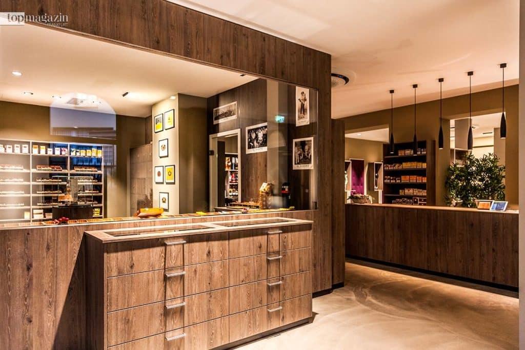 Ein stilvolles, modernes Interieur zeichnet die Verkaufsfläche der Vabajo Cigar Lounge aus