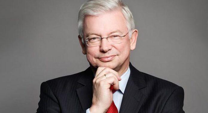 Roland Koch jetzt Professor an der Frankfurt School of Finance