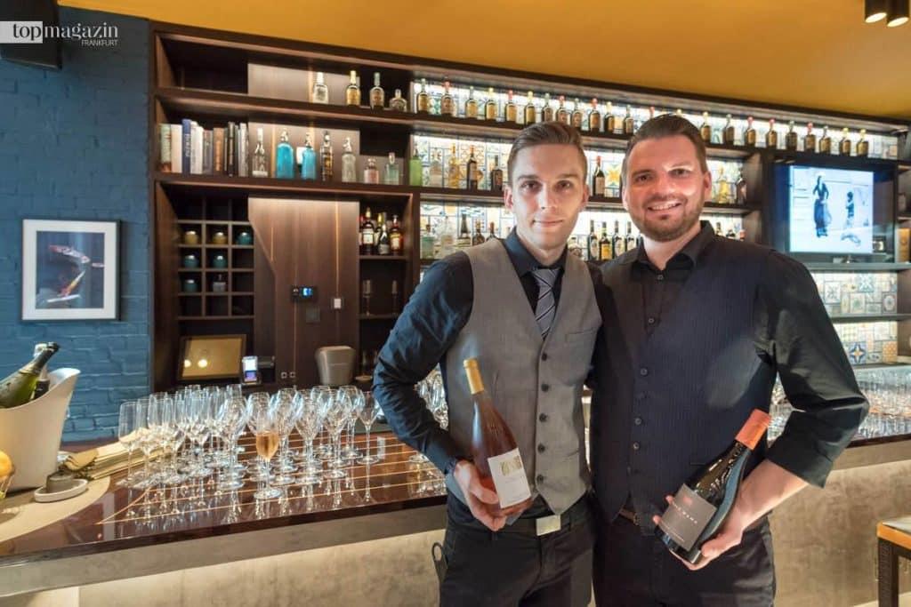 Sommelier Dave Müller mit Biancalani-Restaurantleiter Max Schnell