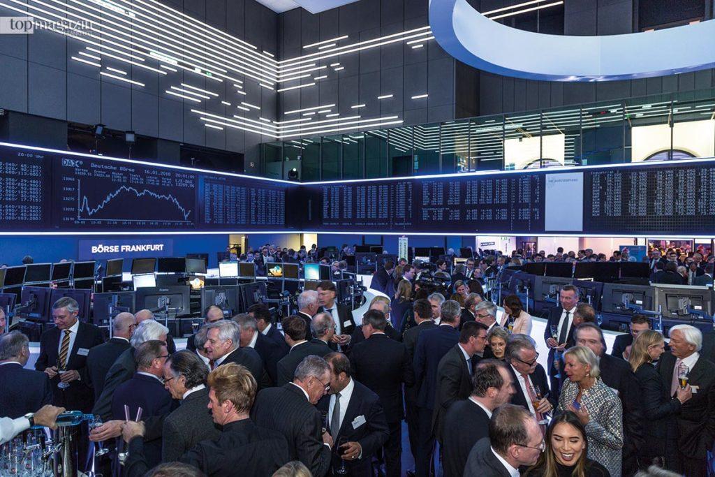 Auch in diesem Jahr öffnete das Börsenparkett exklusiv für die Besucher des Jahresempfangs der IHK.