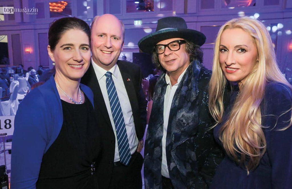 Kerstin und Uwe Becker mit Ardi Goldman und Irena Brncic
