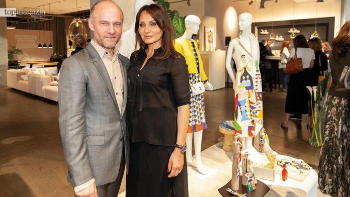 Akris Boutique-Chefin Renata Zeitler mit Bruno Steiger (Akris General Merchandise Manager & Akris Alexander Girard Collection)