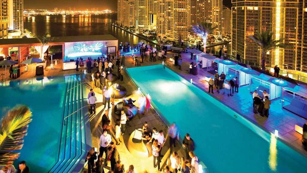 Pool Deck im Kimpton Hotel Miami
