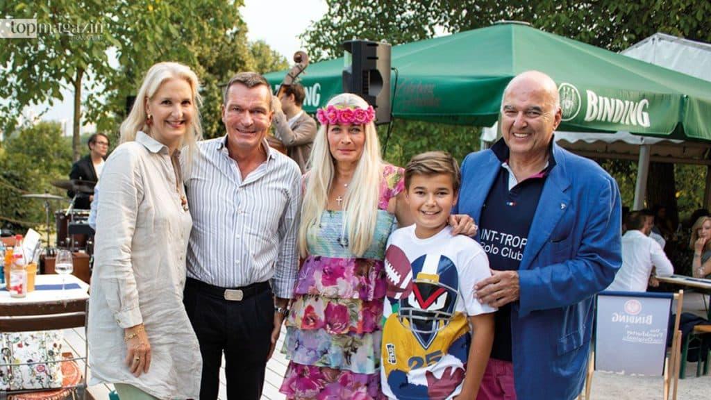 Petra und Oliver Munzel und Ahmet und Simone Pekkip (Pekkip Holding) mit ihrem Sohn Cem-Perry