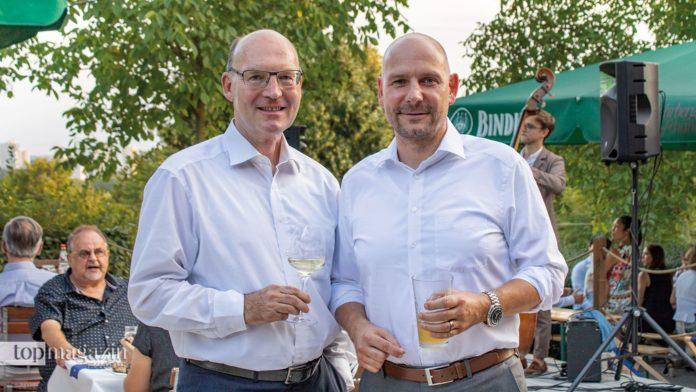 Bank Schilling-Vorstandsmitglied Matthias Busch mit Bank Schilling Frankfurt-Direktor Stephan Bernhardt