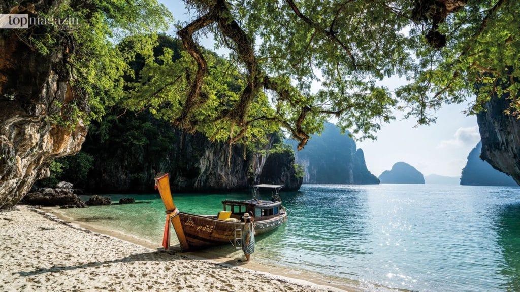Ein Höhepunkt ist der ganz private Badestop auf einer der einsamen Inseln wie Koh Hong