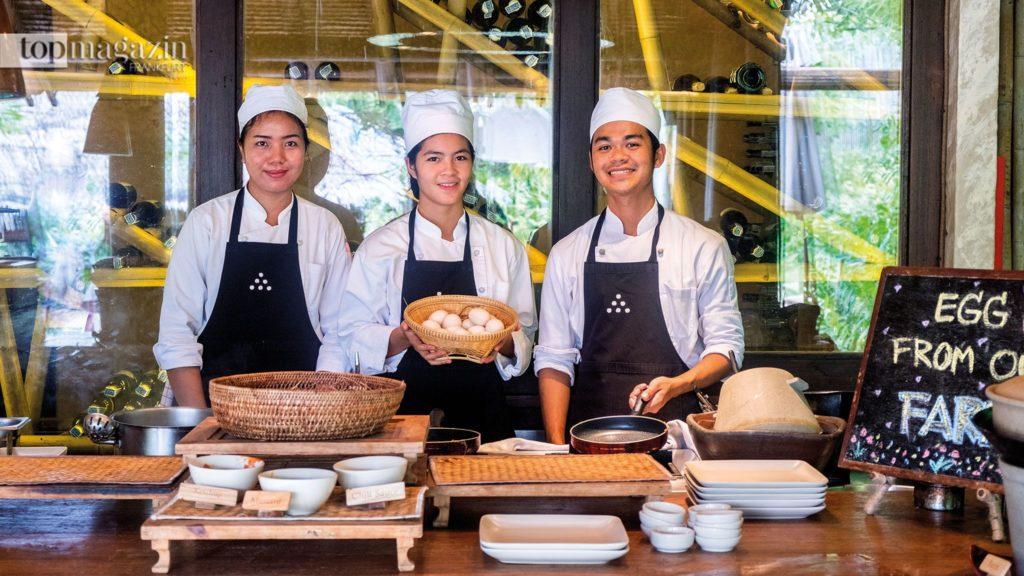 From farm to table - Die hauseigenen Bio-Eier kann man sich selbst jeden Morgen von der Hühnerfarm abholen und zubereiten lassen