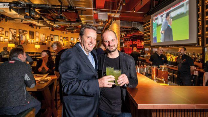 Der General Manager des Marriot Hotel Hansjörg Hefel und Restaurant-Chef Steffen Goubeaud