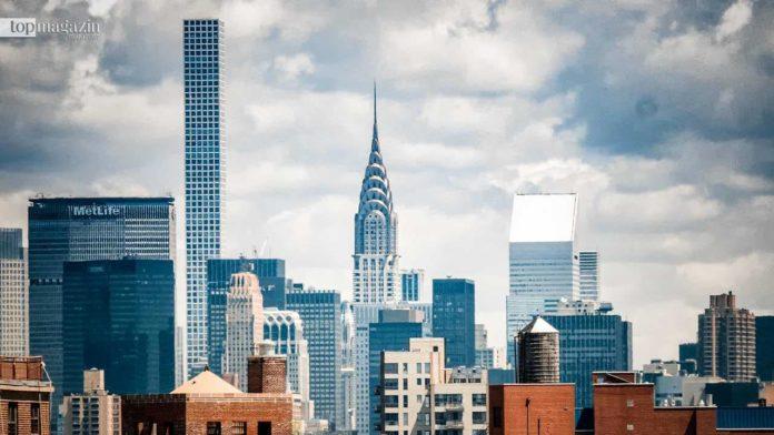 Das Chrysler Building (Bildmitte) wurde 1930 fertiggestellt und ist eines der wichtigsten Wahrzeichen von New York. (Foto Tom Barrett; Unsplash)