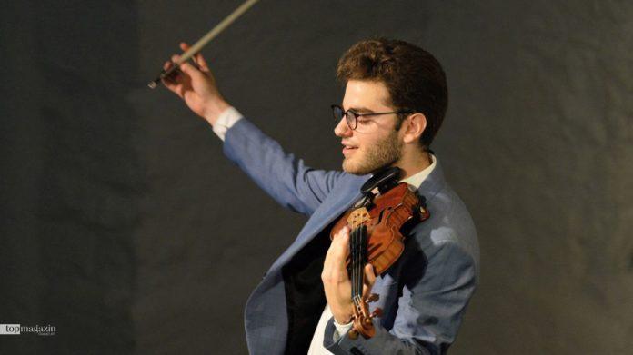 Der österreichische Geigenvirtuose Emmanuel Tjeknavorian