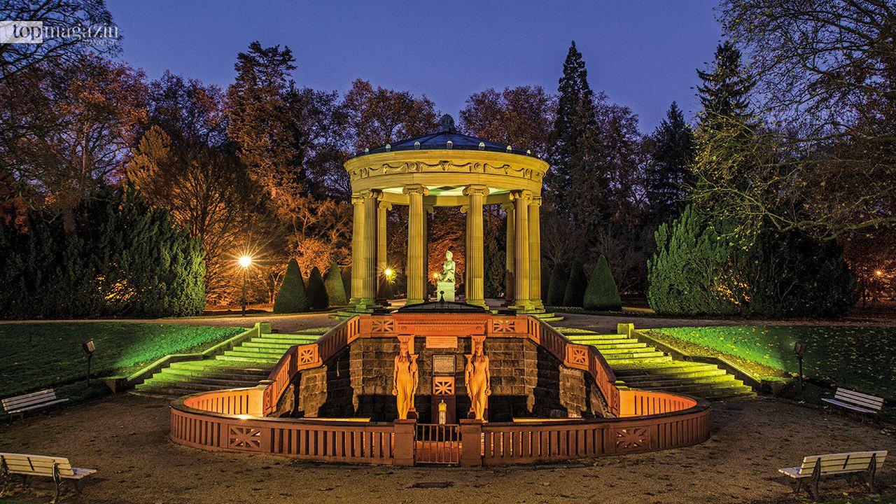 Der Elisabethenbrunnen im Kurpark Bad Homburg hatte einen wesentlichen Anteil am Aufstieg der Stadt zu einem weltbekannten Heilbad.