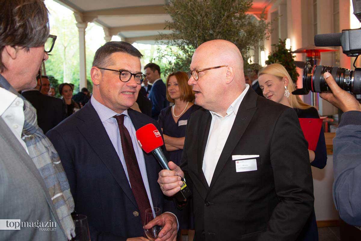 Landtagspräsident Boris Rhein im Interview mit Top TV-Reporter Achim Winter