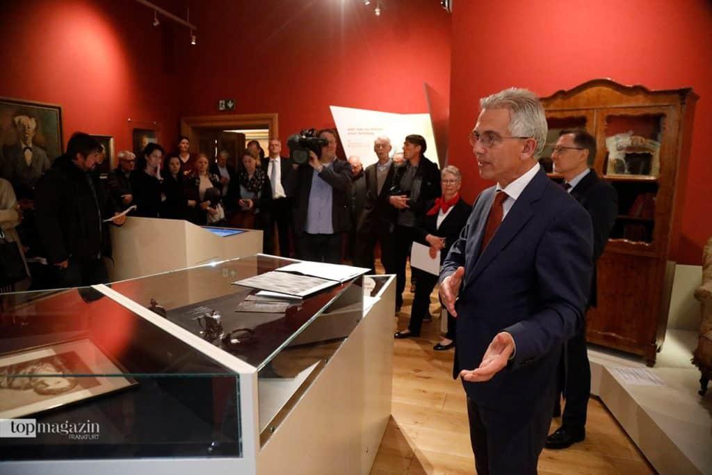 Oberbürgermeister Peter Feldmann bei der Eröffnung des Stoltze-Museums (Foto Reuss)