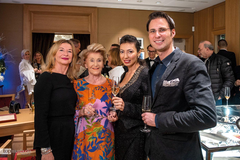 Aurelia Pederzani mit Margit Schilling, Zahnarzt Dr. Dusan Barac und Gattin Nigora (2.v.r